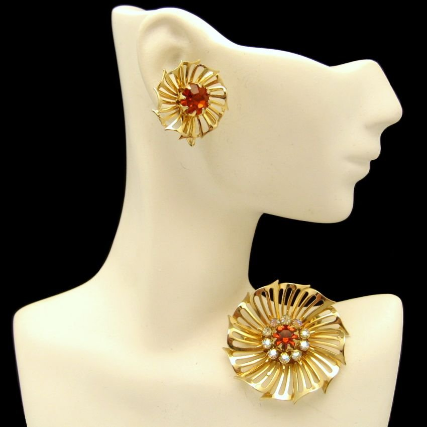 CORO Vintage Brooch Pin Earrings Mid Century Red AB Rhinestones Retro 1950s Jewelry Set