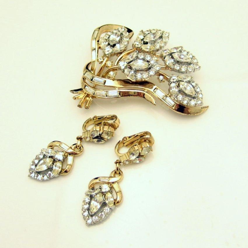 CROWN TRIFARI Pat Pend 1950s Rhinestone Brooch Pin Earrings Set Rare Fabulous