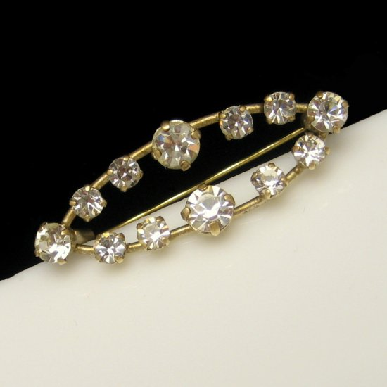 Art Deco Vintage Brooch Pin Mid Century Rhinestones Open Oval Classy Prong Set