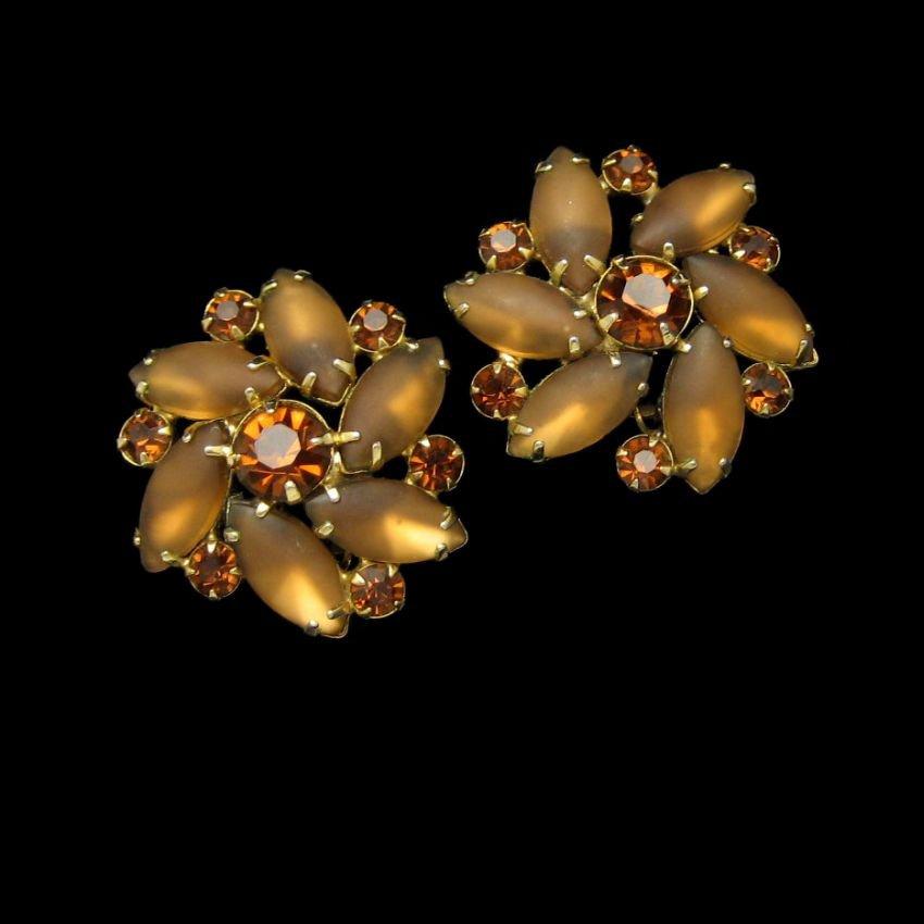 Mid Century D&E Juliana Satin Glass Topaz Rhinestones Earrings Vintage Clips Large Prong Set