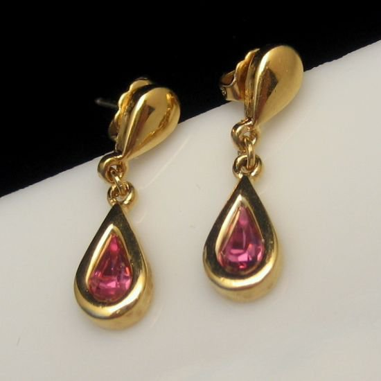 AVON Vintage Earrings Mid Century Pink Crystals Rhinestone Teardrop Dangles Posts Pretty