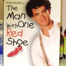 THE MAN WITH ONE RED SHOE VHS MOVIE STARRING TOM HANKS JIM BELUSHI CARRIE FISHER COMEDY (B43)
