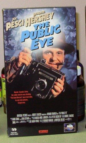 THE PUBLIC EYE VHS MOVIE STARRING JOE PESCI BARBARA HERSHEY STANLEY TUCCI DRAMA ACTION (B43)