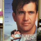 FOREVER YOUNG VHS MOVIE STARRING MEL GIBSON ELIJAH WOODS JAMIE LEE CURTIS ROMANTIC COMEDY (B43)