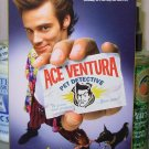 ACE VENTURA PET DETECTIVE VHS STARRING JIM CARREY SEAN YOUNG COURTNEY COX COMEDY (B49)