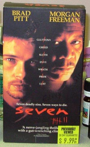 SEVEN VHS STARRING BRAD PITT MORGAN FREEMAN GWYNETH PALTROW KEVIN SPACEY THRILLER (B49)