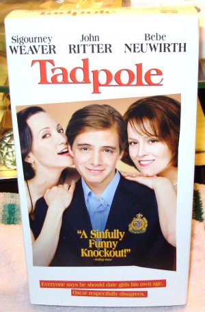 TADPOLE VHS MOVIE STARRING SIGOURNEY WEAVER JOHN RITTER BEBE NEUWIRTH COMEDY (B53)