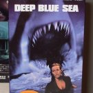 DEEP BLUE SEA VHS VIDEO STARRING LL COOL J SAMUEL L JACKSON JAQUELINE MCKENZIE HORROR (B52)