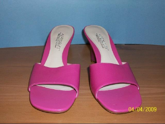Aerosoles Pink Wedge - Size 7 M