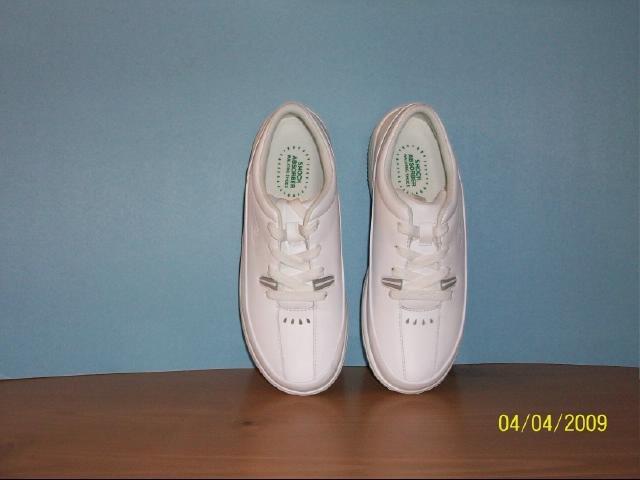 Women's Propet Walking Shoes - Size 6 1/2 M