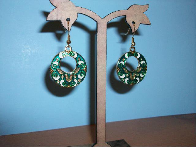 Chinese Cloisonne Round Green Decorative Pierced Earring