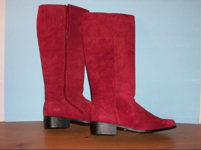Valley Lane Red Suede Boots - Size 7 1/2 W