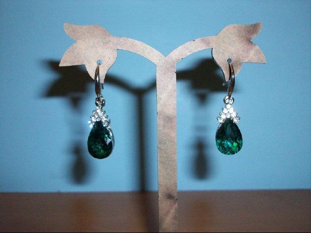 Elegant Tear Drop Faux Emerald Dangle Pierced Earrings