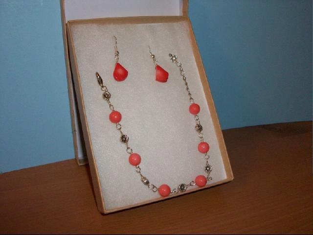 Lovely Orange Coral Bracelet and Pierced Earring Set
