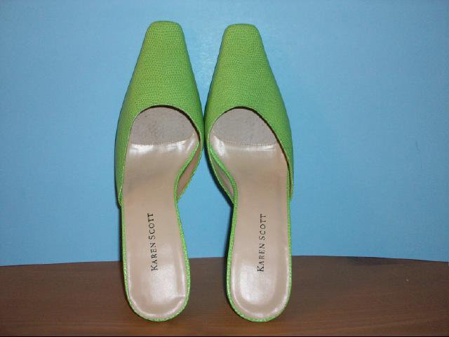 Karen Scott Bright Green Reptile Pattern Mules - Size 8M