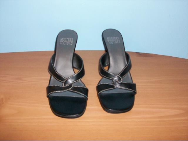 Mootsies Tootsies Black Heel Mules - Size 8M