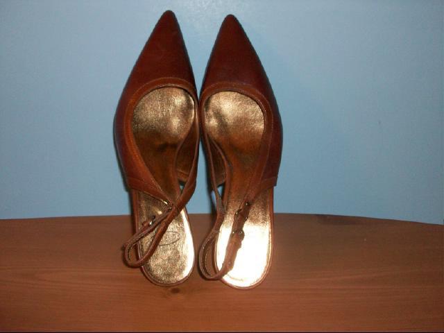 Circa Joan & David Brown Leather Slingbacks - Size 9M