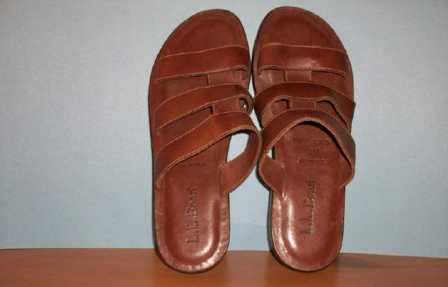 Men's L.L. Bean Slide on Leather Sandal - Size 9M