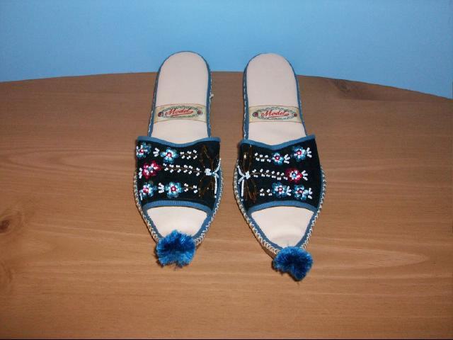 Women's Vintage Turkish Genie Slippers - Size 7 1/2 - 8