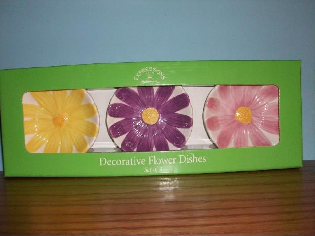 Hallmark Expressions Decorative Flower Dishes