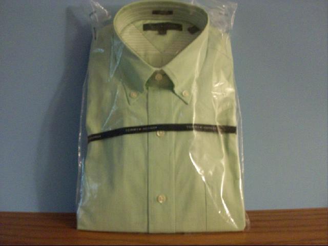 Men's Tommy Hilfiger Light Green Dress Shirt - Size 32-33 M