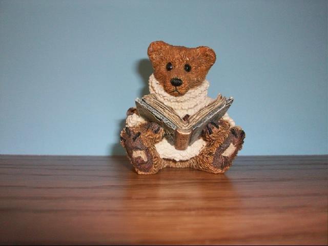 Boyd's Bears & Friends Reading Bear Figurine