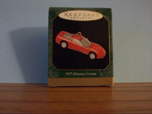 Hallmark Mini Keepsake Ornament - 1997 Mini Corvette