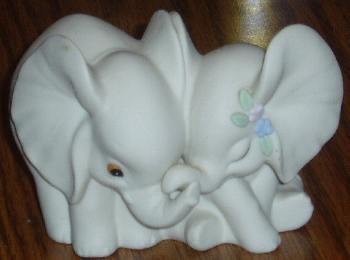 1993 HOMCO Porcelain Elephant Pair Figurine White