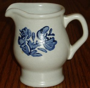 Pfaltzgraff Blue Yorktowne Creamer/Cream Pitcher