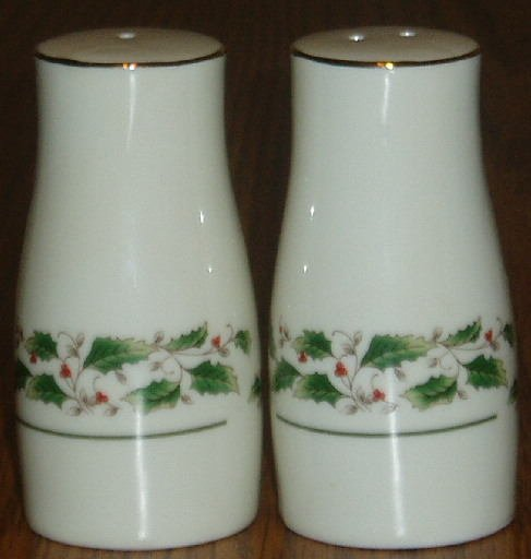 Holly Bough Porcelain Salt Pepper Shakers 22K Gold Rim