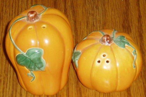Ceramic  Pumpkin Salt Pepper Shaker Set Fall Halloween