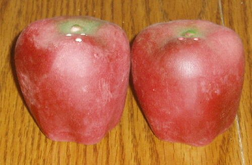 Ceramic Figural Apple Salt/Pepper Shaker Set Hand Painted