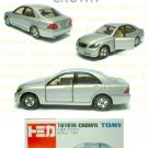 Tomy Tomica Diecast : #32 Toyota Crown