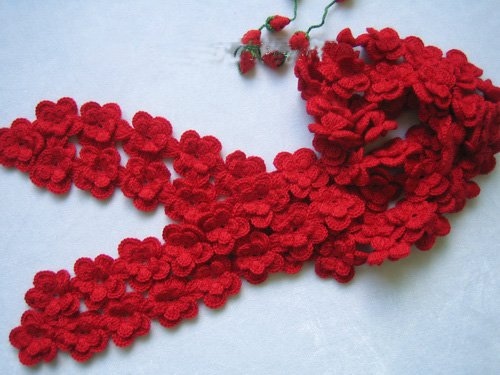 Hand-crochetted red peachblossom flowers scarf