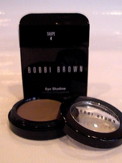 BOBBI BROWN POWDER EYESHADOW 4 TAUPE