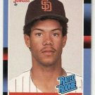 1988 Donruss Baseball Card #34 Roberto Alomar RC NM