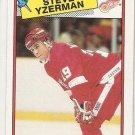 1988-89 Topps Hockey Card #196 Steve Yzerman NM