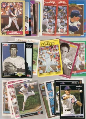 Lot of 30 Ryne Sandberg Baseball Cards Chicago Cubs A