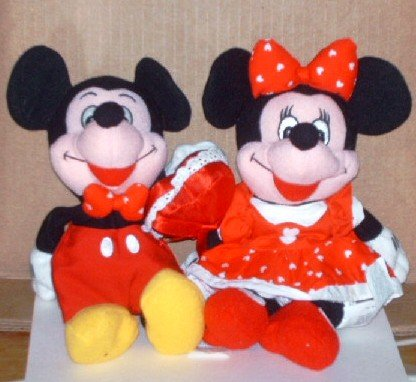 "Mickey and Minnie Mouse Valentine 8"" Bean Bag Dolls Walt Disney"