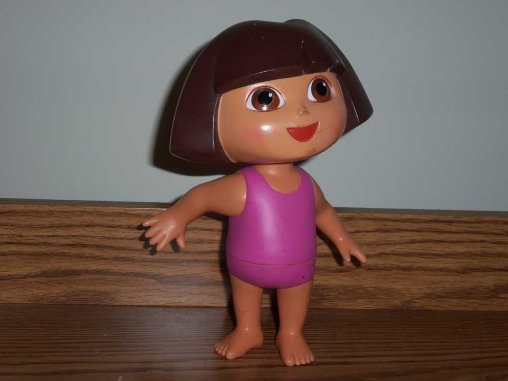 6b42a3fae94d5 Fisher-Price Splash Around Dora Doll Pink Bathing Suit 2002 Used