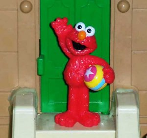 Fisher-Price Sesame Street Elmo with Beach Ball  PVC Figure Mattel Loose Used