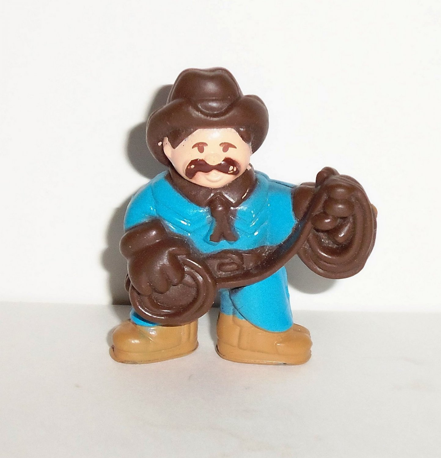 Lincoln Logs Cowboy in Blue Outfit with Rope PVC Figure Loose Used