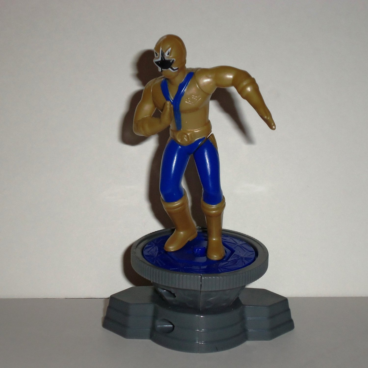 McDonald's 2011 Power Rangers Samurai Gold Ranger with Base Happy Meal Toy Loose Used