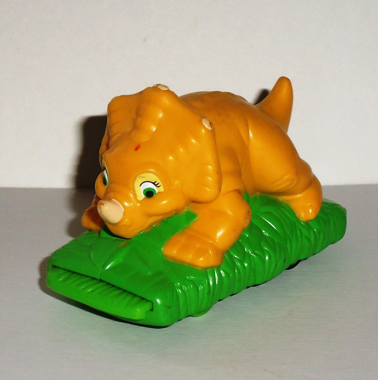 Land Before Time Toys : Burger king the land before time run around cera kids