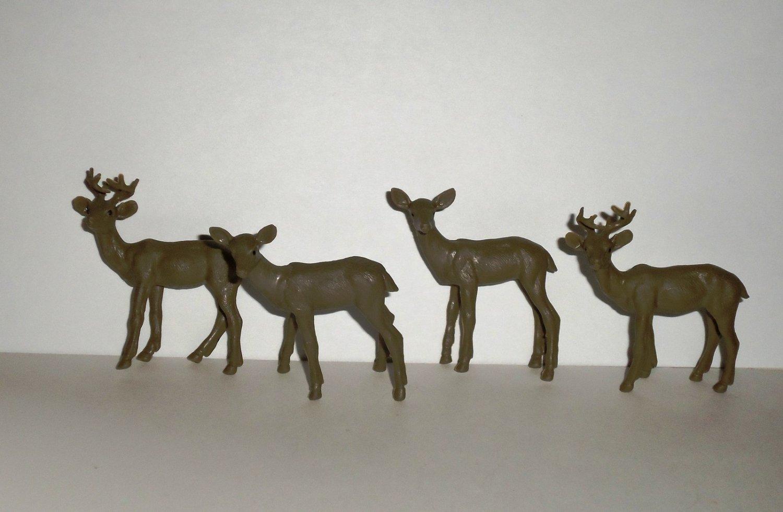 New-Ray Deer Plastic Animal Figure Lot of 4 Loose Used