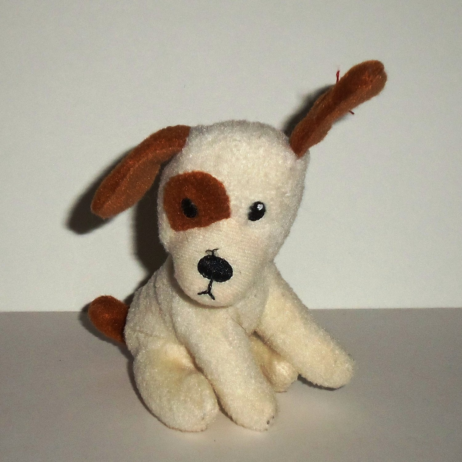 McDonald s 2009 Ty Teenie Beanie Babies Boomer The Dog Happy Meal Toy No Swing  Tag Loose c3f8b739bd57