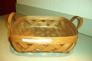 Henn Workshops pie basket