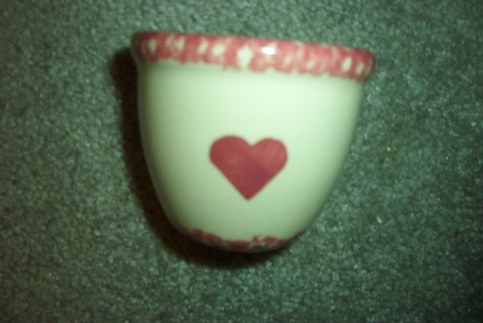 Henn Workshops cranberry  sponged custard cup with heart
