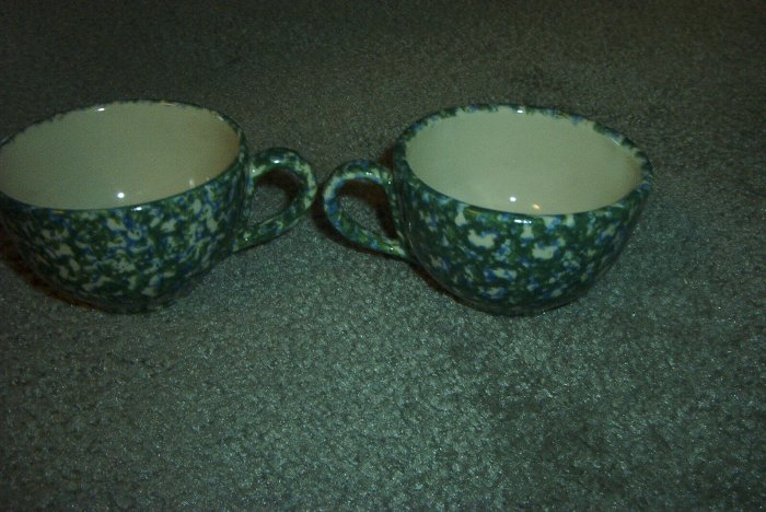 Henn Workshops double blue/green Sponged tea cup
