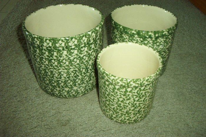 Henn Workshops green sponged 1, 2 & 3 quart crock set of 3